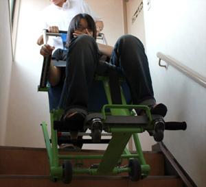 非常用階段避難車 エクセルチェアー