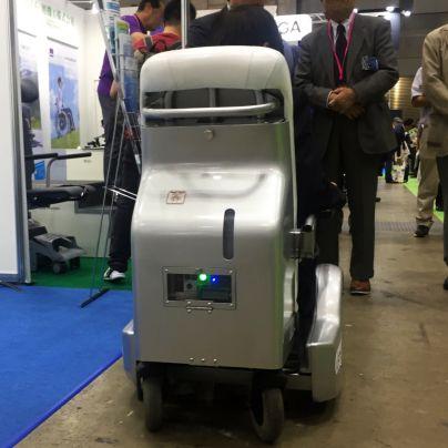 燃料電池の車椅子で燃料電池部分