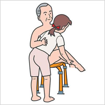 小さい介護イスだから介助もしやすい