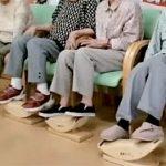 敬老の日にオススメ!人気の座ったままで足ふみ運動