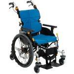 自宅の廊下もらくらく進める車椅子。松永製作所ネクストコアくるり
