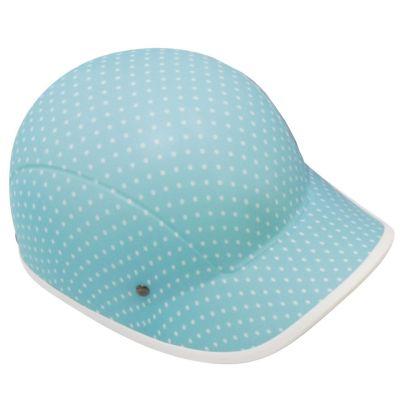 水色にドット柄、前につばの付いた帽子