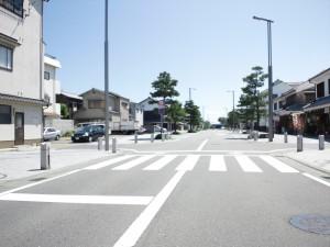 赤穂駅前の通り