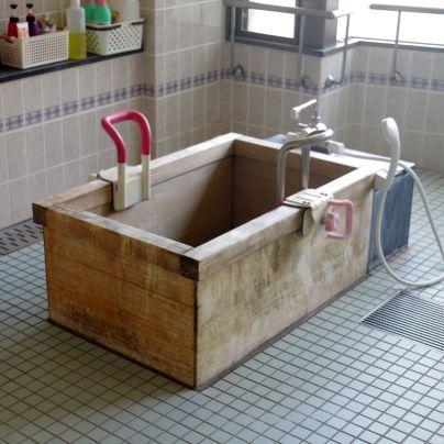 高齢者介護施設でお使いの木風呂
