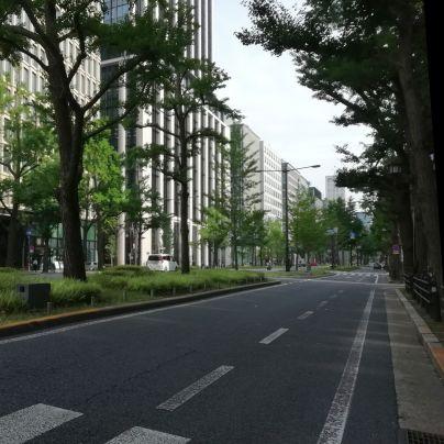 G20大阪サミット開催中の御堂筋で自動車の数はめっちゃ少ないのです