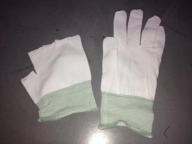 インナー手袋をいただきました。