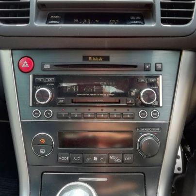 愛車のカーラジオです